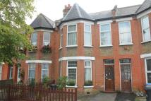 2 bedroom Ground Flat for sale in Beech Road, Bounds Green...
