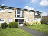 2 bed Flat in Cherry Way, West Ewell