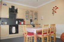 5 bed semi detached house to rent in Meadow Avenue, Milehouse...