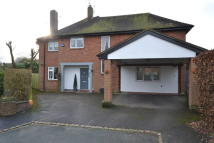 4 bed Detached property in Tavistock Crescent...
