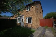 3 bedroom semi detached property to rent in Apple Tree Grove...