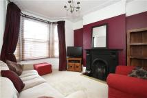 3 bedroom home in Alexandra Drive, London