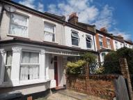 3 bedroom Terraced house in Spa Hill, London