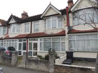 Terraced property in THORNTON HEATH CR7