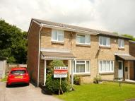 3 bed semi detached property in 29 Hunters Ridge...
