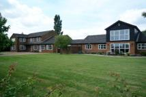 6 bed Detached home in Birds Drove...