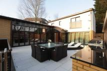Detached house in Retreat Way, Chigwell