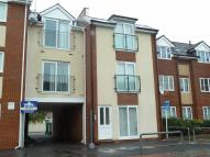 Flat in Highland Road, Southsea...
