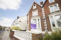 Flat to rent in Victoria Road North...
