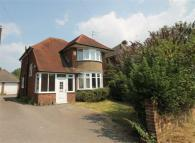 3 bedroom property to rent in Cressex