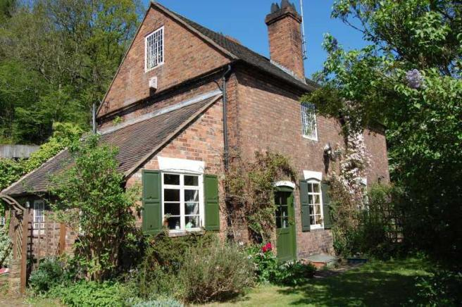 7 cherry tree hill coalbrookdale 4 bedroom semi detached house for sale in cherry tree hill coalbrookdale telford tf8