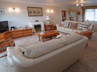 2 bedroom Flat in Earlsdon Way, Highcliffe...