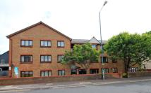 1 bedroom Flat for sale in Seabourne Road...