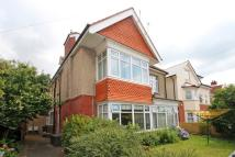 2 bedroom Flat for sale in Stourcliffe Avenue...