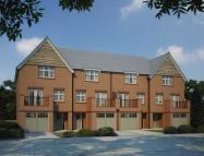 Town House to rent in Eden Walk, Mill Hill...