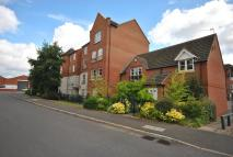 Ground Flat to rent in Wenlock Drive...