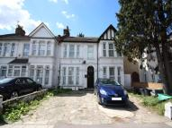 Flat for sale in Goodmayes Lane, Ilford...