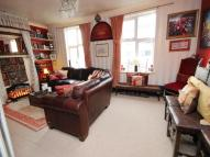 3 bed Flat for sale in High Road...