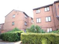 1 bedroom Flat in Avenue Road...