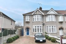 property for sale in Reynolds Avenue, Chadwell Heath, Romford, RM6