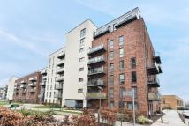 3 bedroom Flat in Loughborough House...