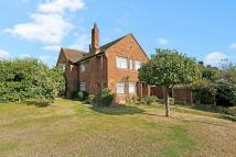 4 bedroom semi detached house for sale in Barley Lane, Goodmayes...