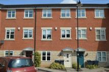 Town House in 44 Towpath Way...