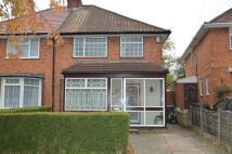 3 bedroom semi detached home to rent in 23 Brentford Road...