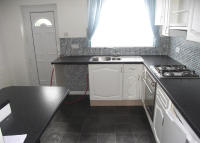 End of Terrace home to rent in York Street, Mexborough...