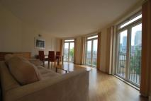 Flat for sale in Dundee Wharf...