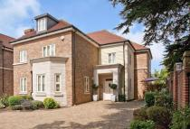 Detached home in Twitten Grove, Bickley...