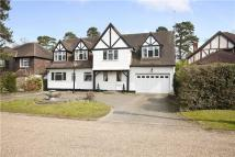 6 bed Detached house in Longdon Wood...