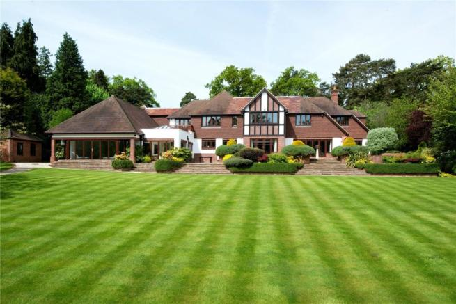 7 Bedroom Detached House For Sale In Forest Drive Keston Park Kent Br2 Br2