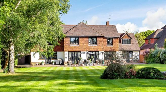 5 Bedroom Detached House For Sale In Sunnydale Farnborough Park