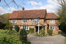 3 bed Character Property in Common Road, Kensworth...