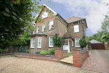 2 bedroom Flat in Milton Road, Harpenden...