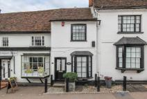 3 bed Character Property in High Street...