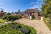 6 bedroom Detached property in Broadway, Wheathampstead...