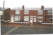Terraced home in Ashwall Street...