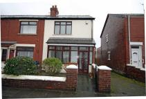 End of Terrace house for sale in Ashwall Street...