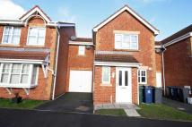 Town House for sale in West Park Close...