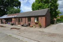 2 bed Semi-Detached Bungalow in Neston Road, Willaston...