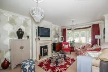 2 bedroom semi detached property in Scarff Close, Welwyn...