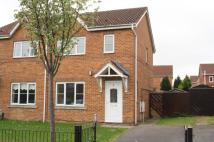 3 bedroom semi detached house to rent in Honeycomb Avenue...