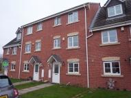 4 bed property to rent in Bevan Close...