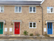 Collerne Street Terraced property to rent