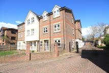 Apartment in Brighton Road, Horsham