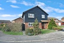 4 bedroom Detached home for sale in Brook Road, Horsham