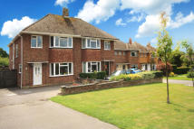 4 bed semi detached property in Croft Way, Horsham
