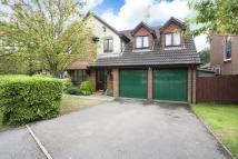 4 bed Detached property for sale in Tennyson Close, Horsham